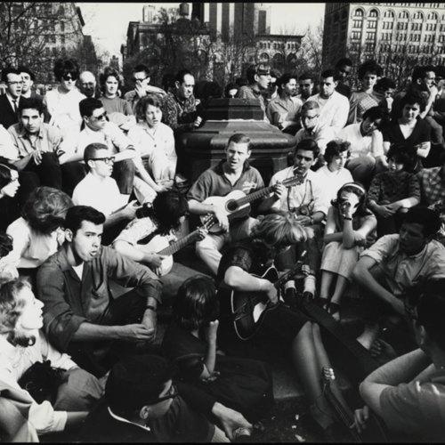 "<a href=""/items/browse?advanced%5B0%5D%5Belement_id%5D=50&advanced%5B0%5D%5Btype%5D=is+exactly&advanced%5B0%5D%5Bterms%5D=Musicians+in+Washington+Square%2C+April+1962."">Musicians in Washington Square, April 1962.</a>"